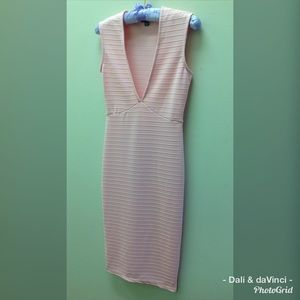 Dresses & Skirts - Love by Chelsey Sleeveless Pink Dress